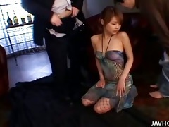 japanese spy chick gives a hawt double blowjobs