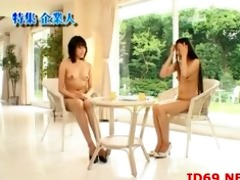 japanese av model in a piddle movie scene