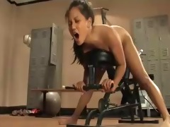 sexy oriental bitch squirt to triple machine fuck