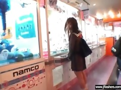 japanese gal flashing body in public place