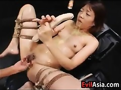 oriental slut getting voided urine on