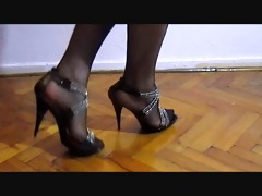 turkish crossdresser buse naz arican - my legs in