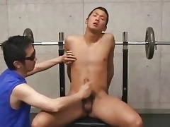 i discovered this japanese lad at the gym
