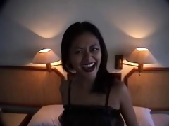 thai hooker giving total services to western