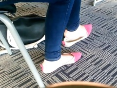 candid oriental legal age teenager shoeplay feet