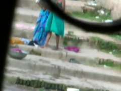 indian aunty baths in river 11