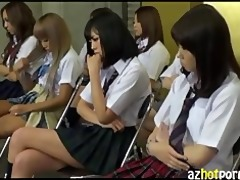 azhotporn.com - trendy students catfight