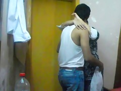 indian hawt and spicy sonia bhabhi engulfing her