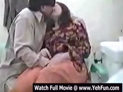 indian woman screwed by doctor in clinic -