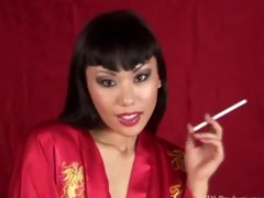 avena lee smoking fetish at dragginladies