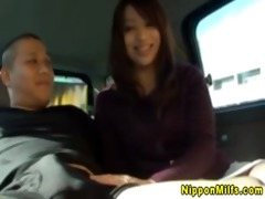 oriental d like to fuck engulfing shlong in car