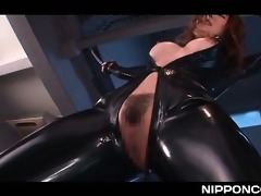 latex japanese tramp in chains taking large sex