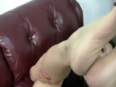 oriental feet domination