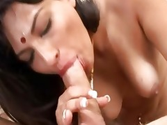 indian babe gets her cunt drilled by a beefy penis
