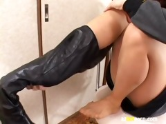 azhotporn.com - smell of foot odor oriental foot